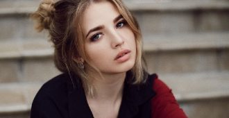 Певица Аня Покров